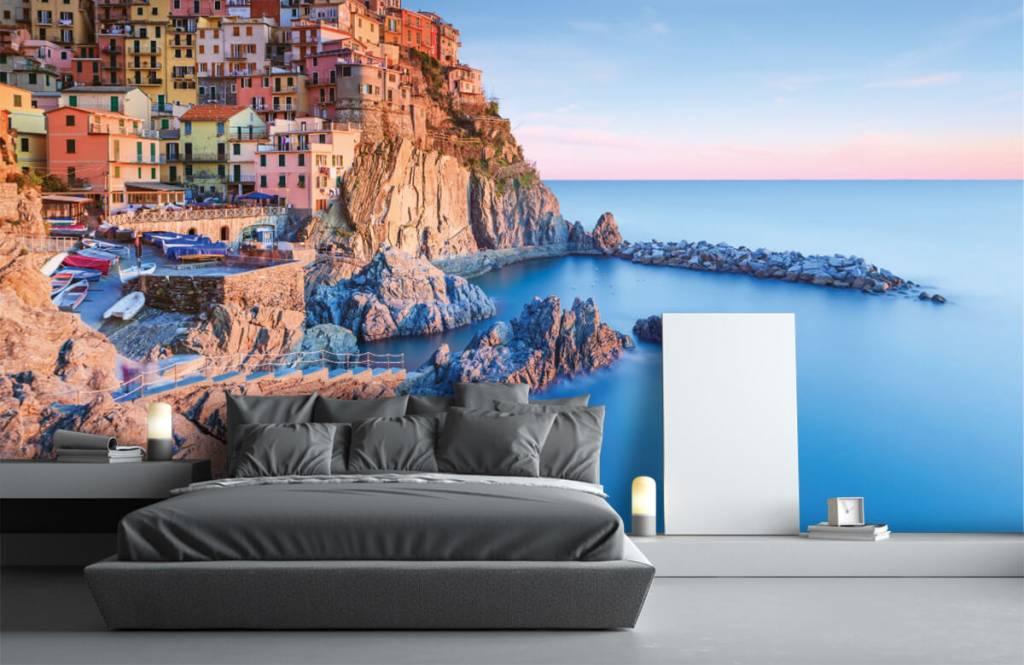 Papier peint Villes - Village sur un rocher en Italie - Chambre à coucher 3