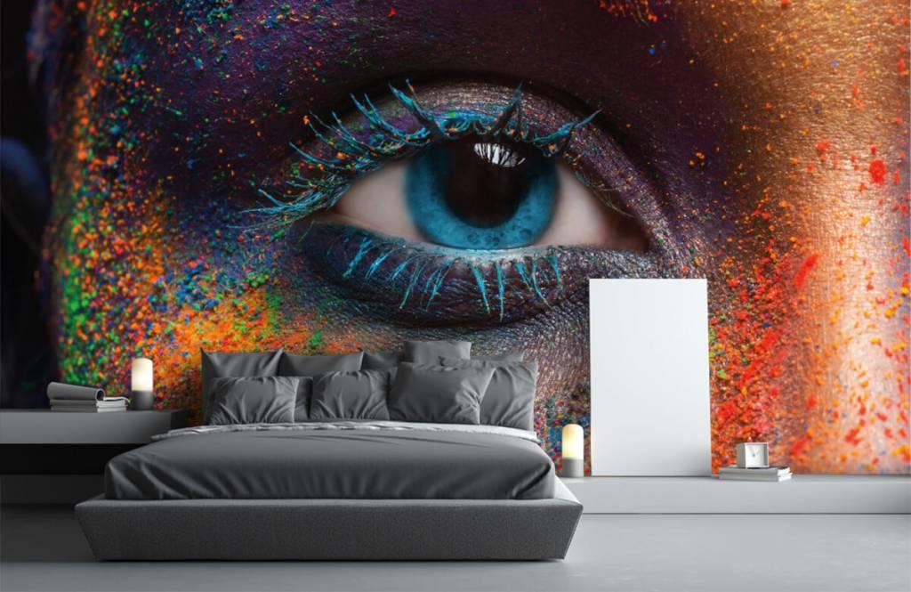 Portraits et visages - Oeil coloré - Couloir 3