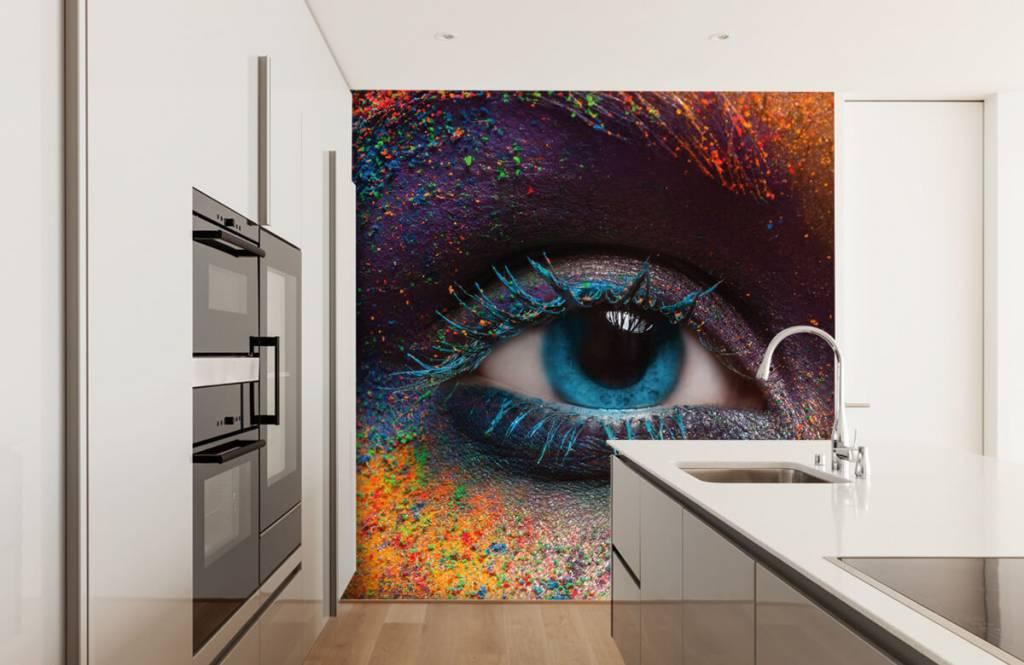 Portraits et visages - Oeil coloré - Couloir 4