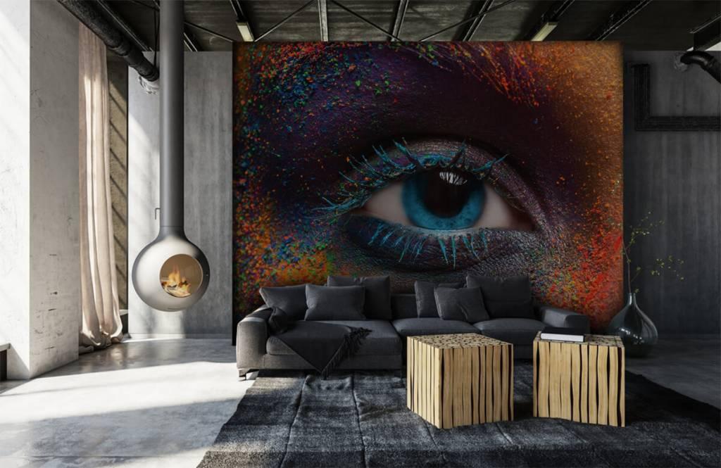 Portraits et visages - Oeil coloré - Couloir 6