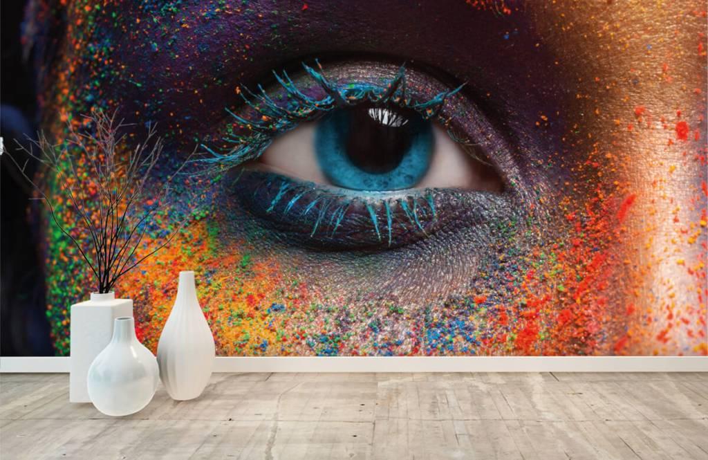 Portraits et visages - Oeil coloré - Couloir 8
