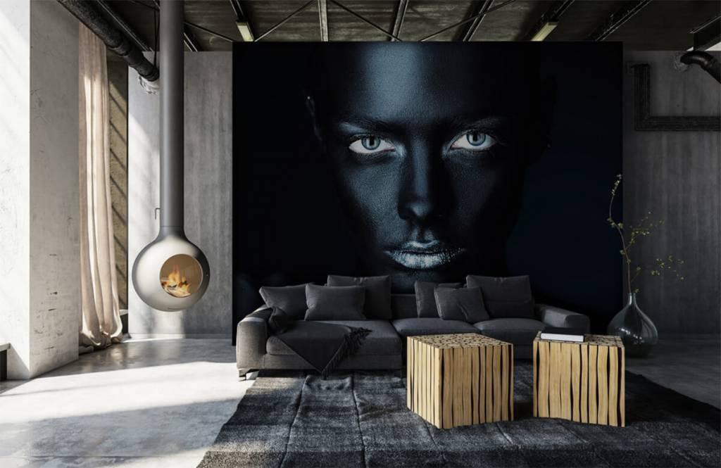 Portraits et visages - Femme mystérieuse - Salle de séjour 1