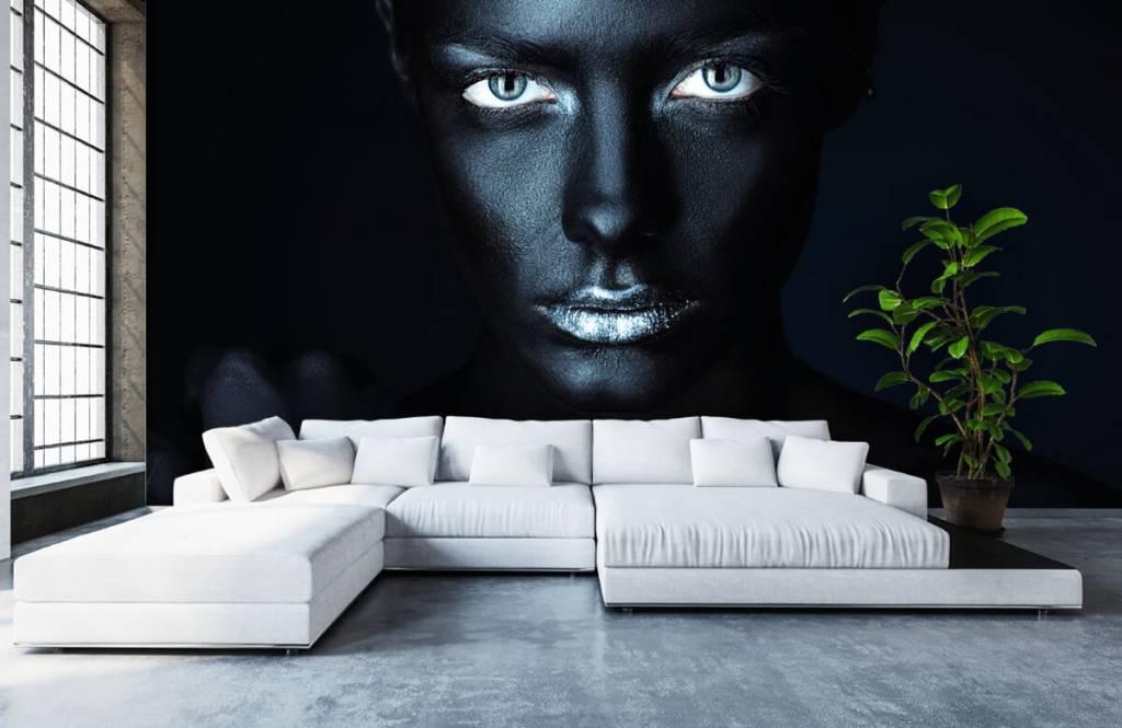 Portraits et visages - Femme mystérieuse - Salle de séjour 6
