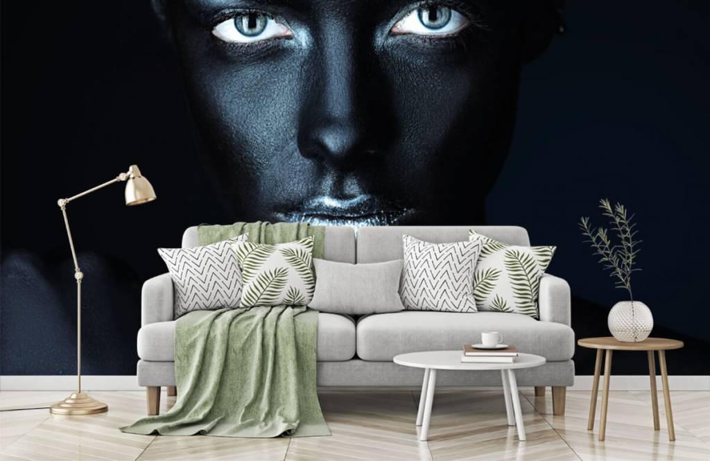 Portraits et visages - Femme mystérieuse - Salle de séjour 7