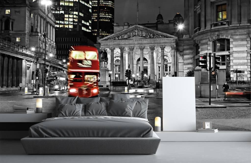 Papier peint noir et blanc - Bus rouge à Londres - Chambre d'adolescent 3