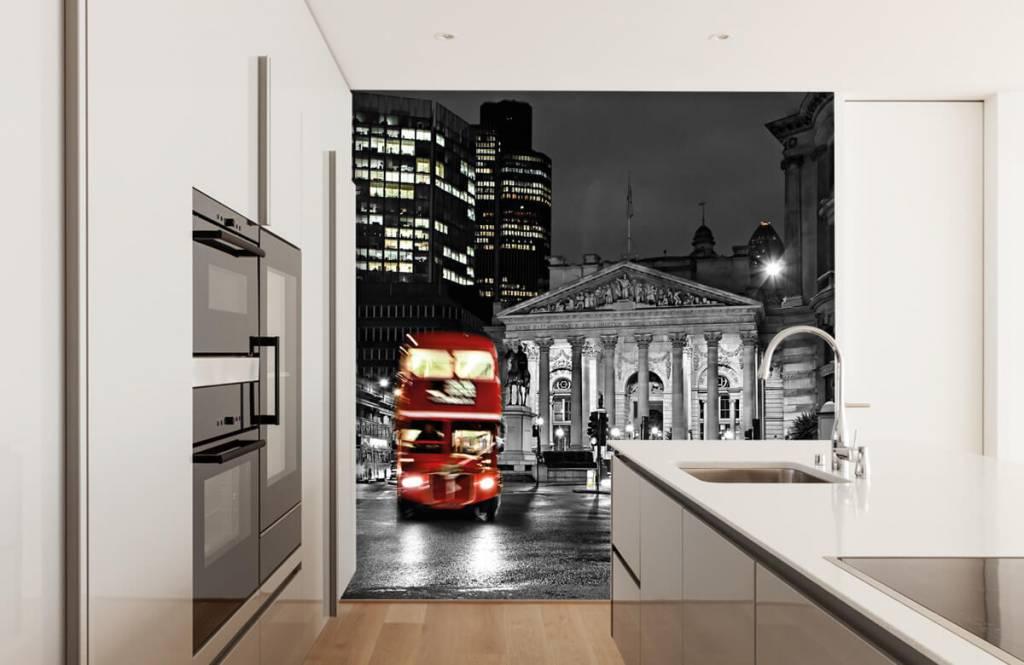 Papier peint noir et blanc - Bus rouge à Londres - Chambre d'adolescent 4