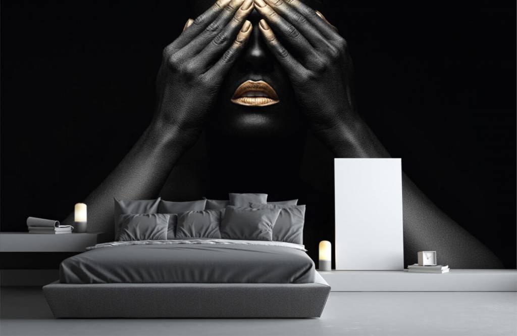 Papier peint moderne - Femme avec les mains devant les yeux - Salle de séjour 3