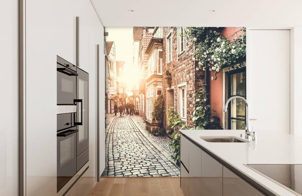 Papier peint Villes - Coucher de soleil dans une vieille rue - Chambre à coucher 4