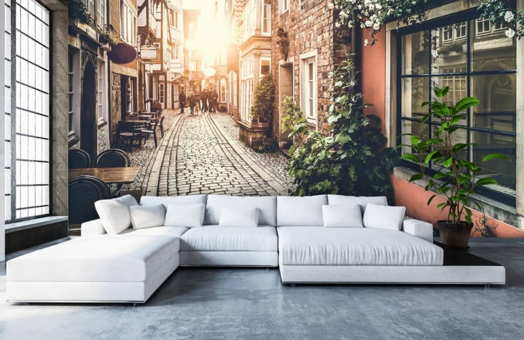 Papier peint Villes - Coucher de soleil dans une vieille rue - Chambre à coucher 6