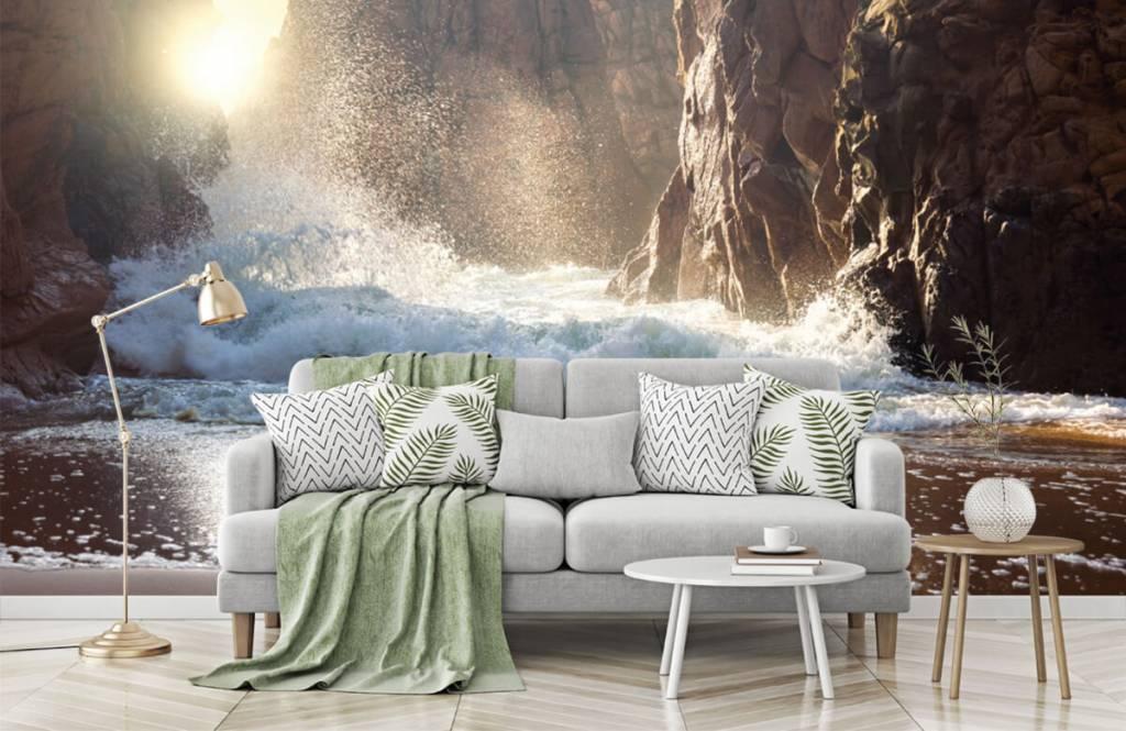 Mers et océans - Les vagues contre les rochers - Département des ventes 2