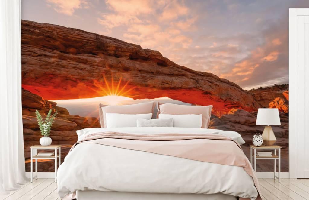 Montagnes - Coucher de soleil sous les rochers - Chambre à coucher 1