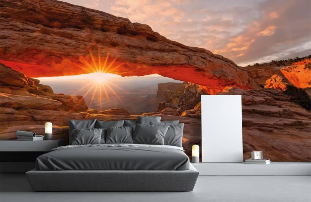 Montagnes - Coucher de soleil sous les rochers - Chambre à coucher 2