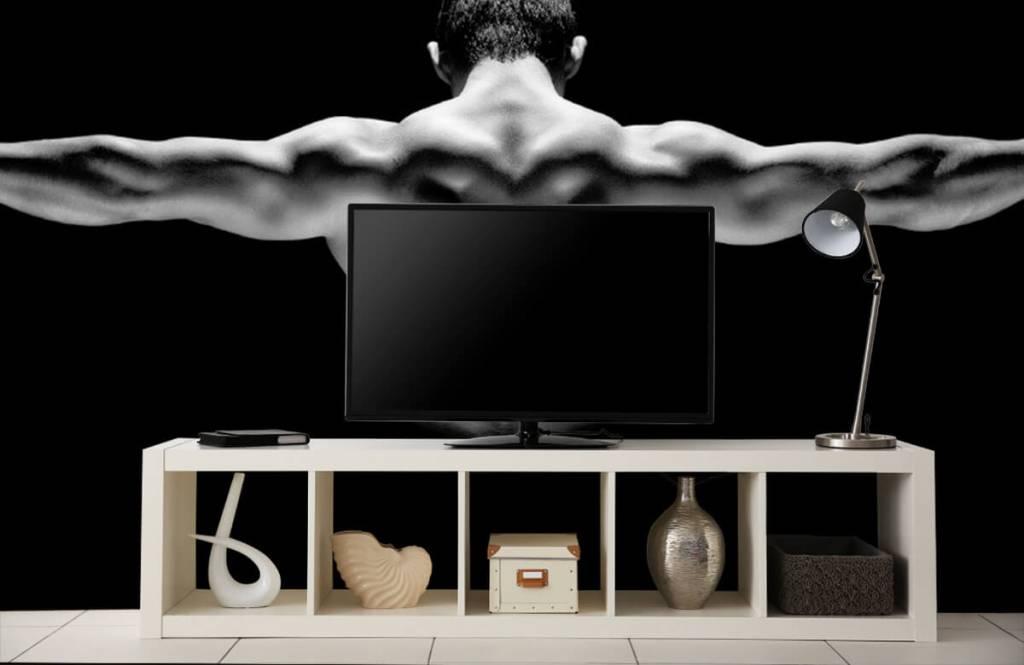 Fitness - Homme aux bras tendus - Entrepôt 7